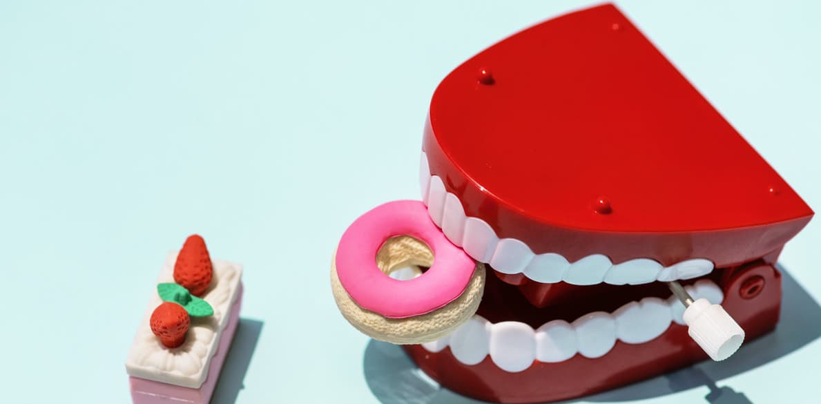 Отбеливание зубов в Москве и Сочи