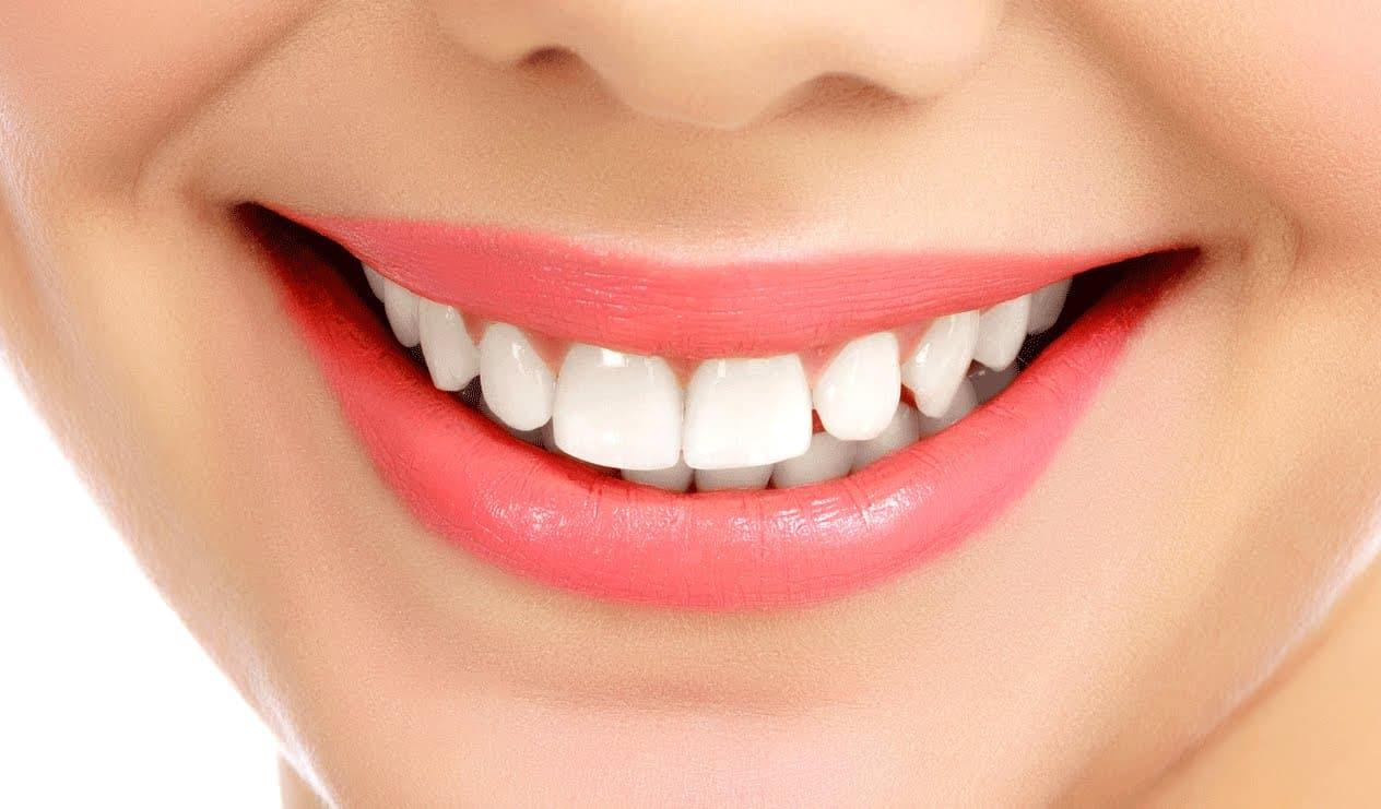 Где делают имплантацию зубов?