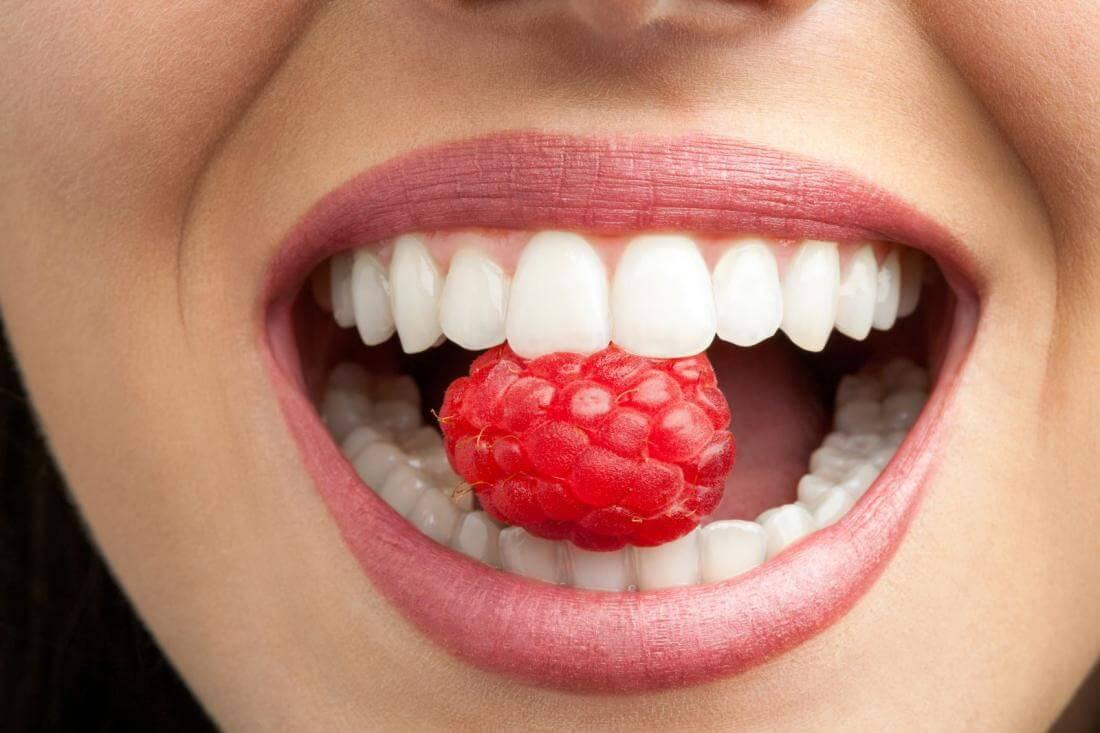 Отторжение зубного импланта