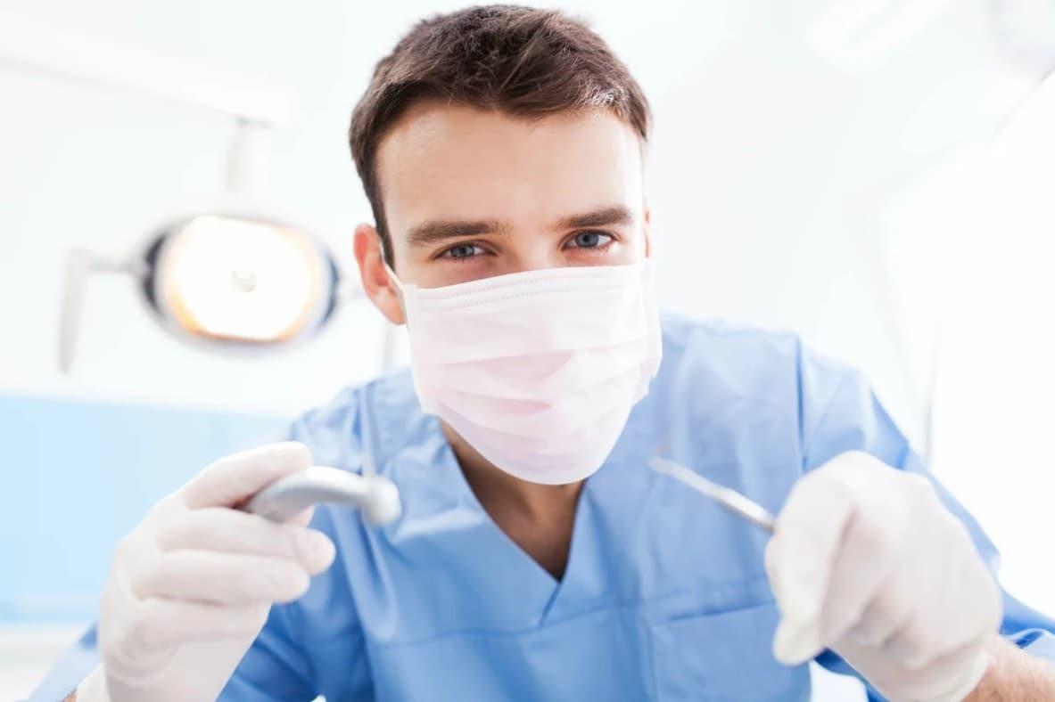 Профессия стоматолог – почему я выбрал именно такую карьеру