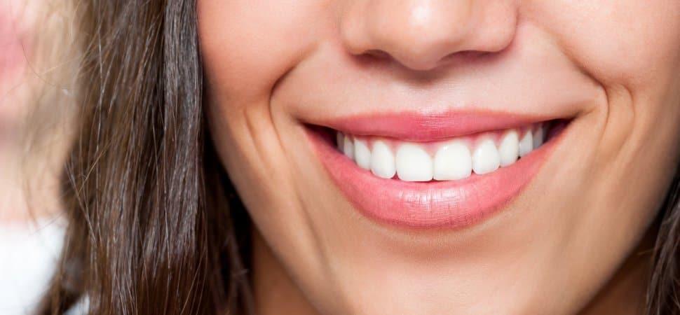 Отек при имплантации зубов